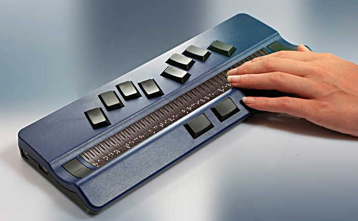Handy Tech Active Braille